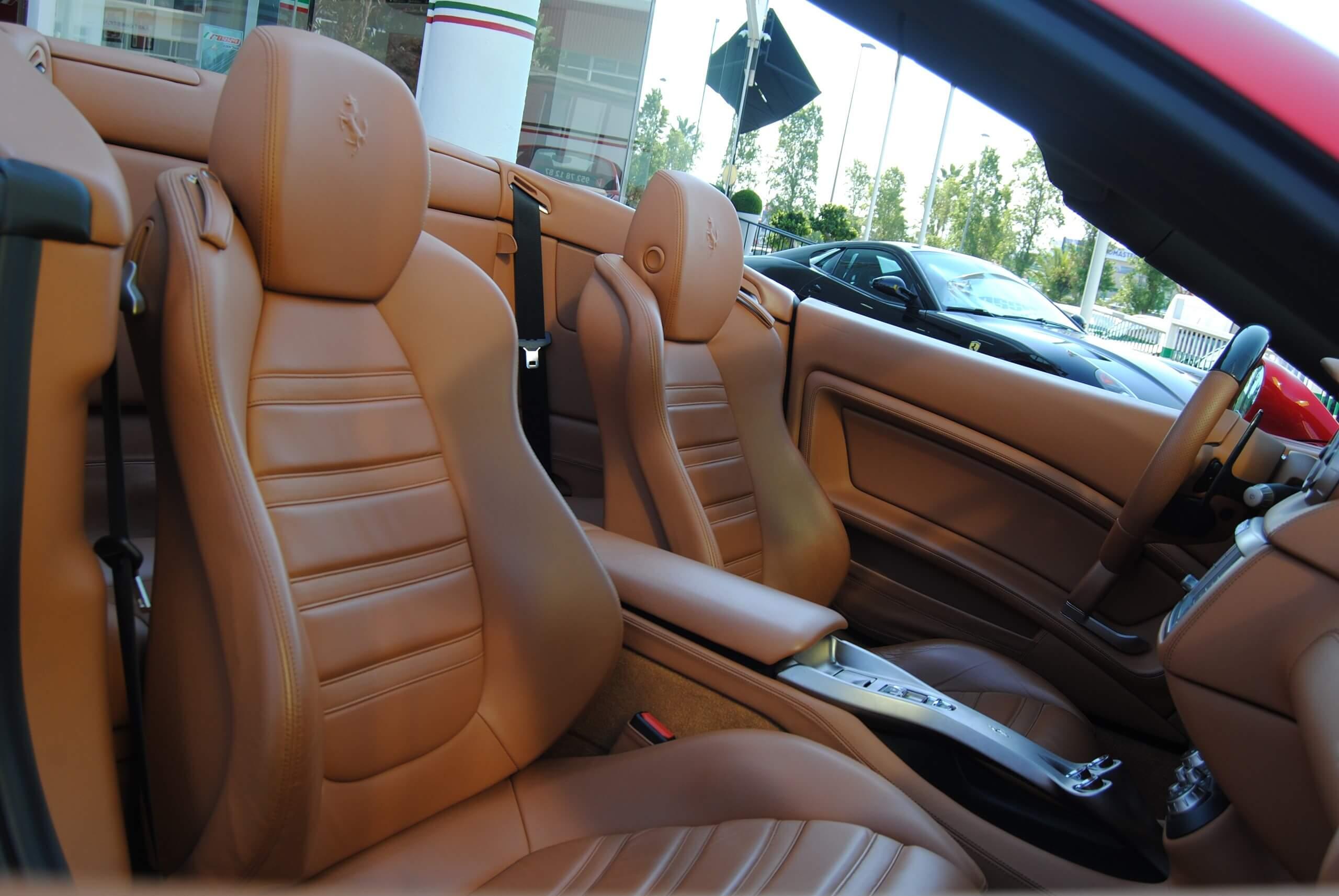 Ferrari California Luxuryandexpensive Com Luxuryandexpensive