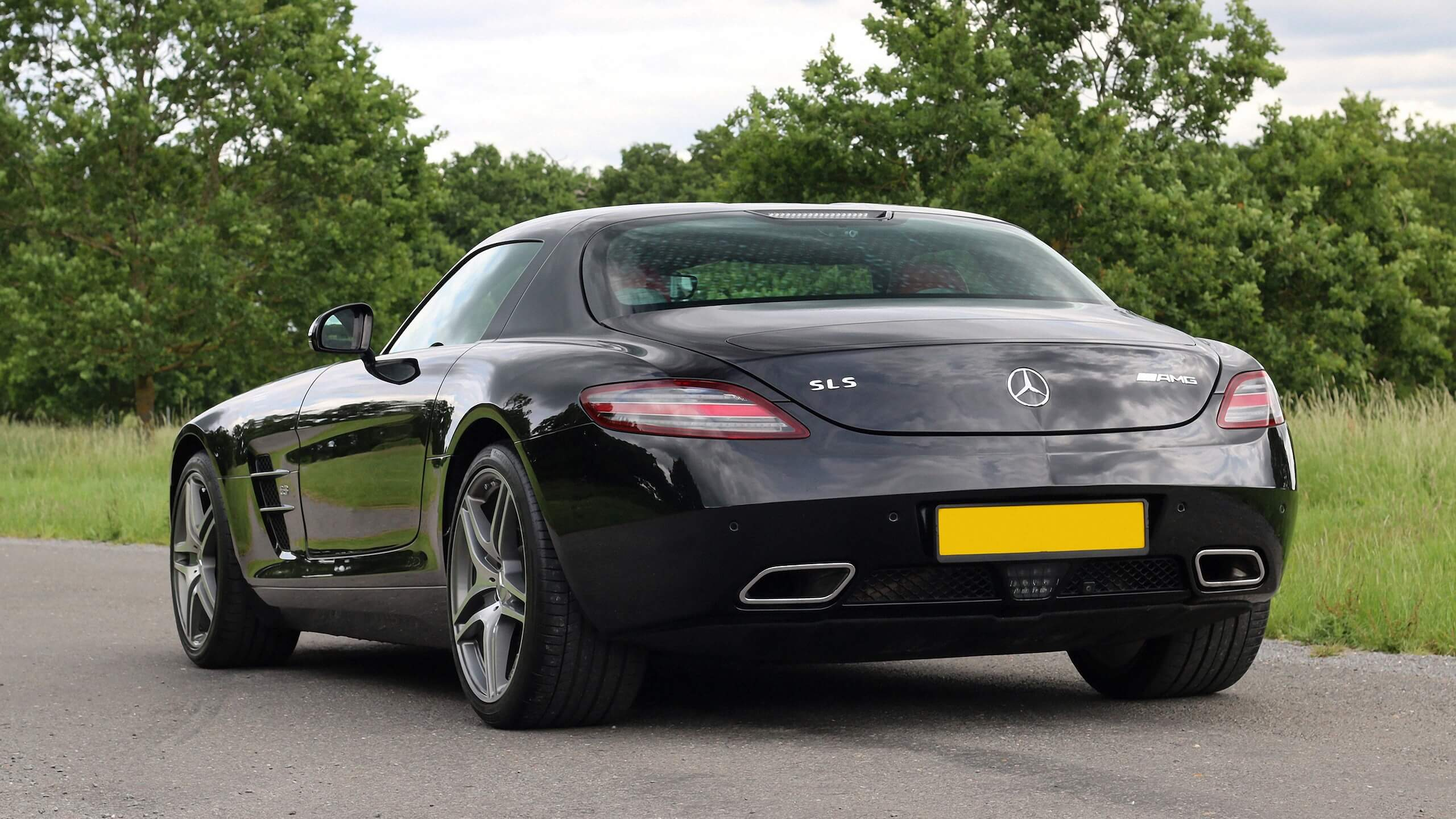 Mercedes-Benz SLS AMG (Black), 2012 now for € 160,739