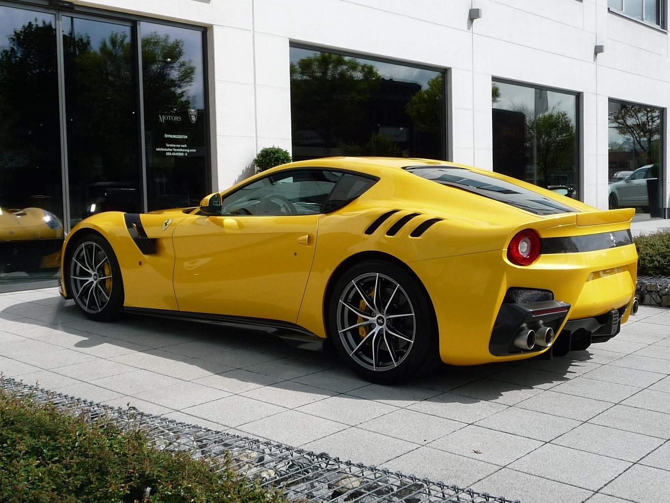 F12 Tdf Ferrari