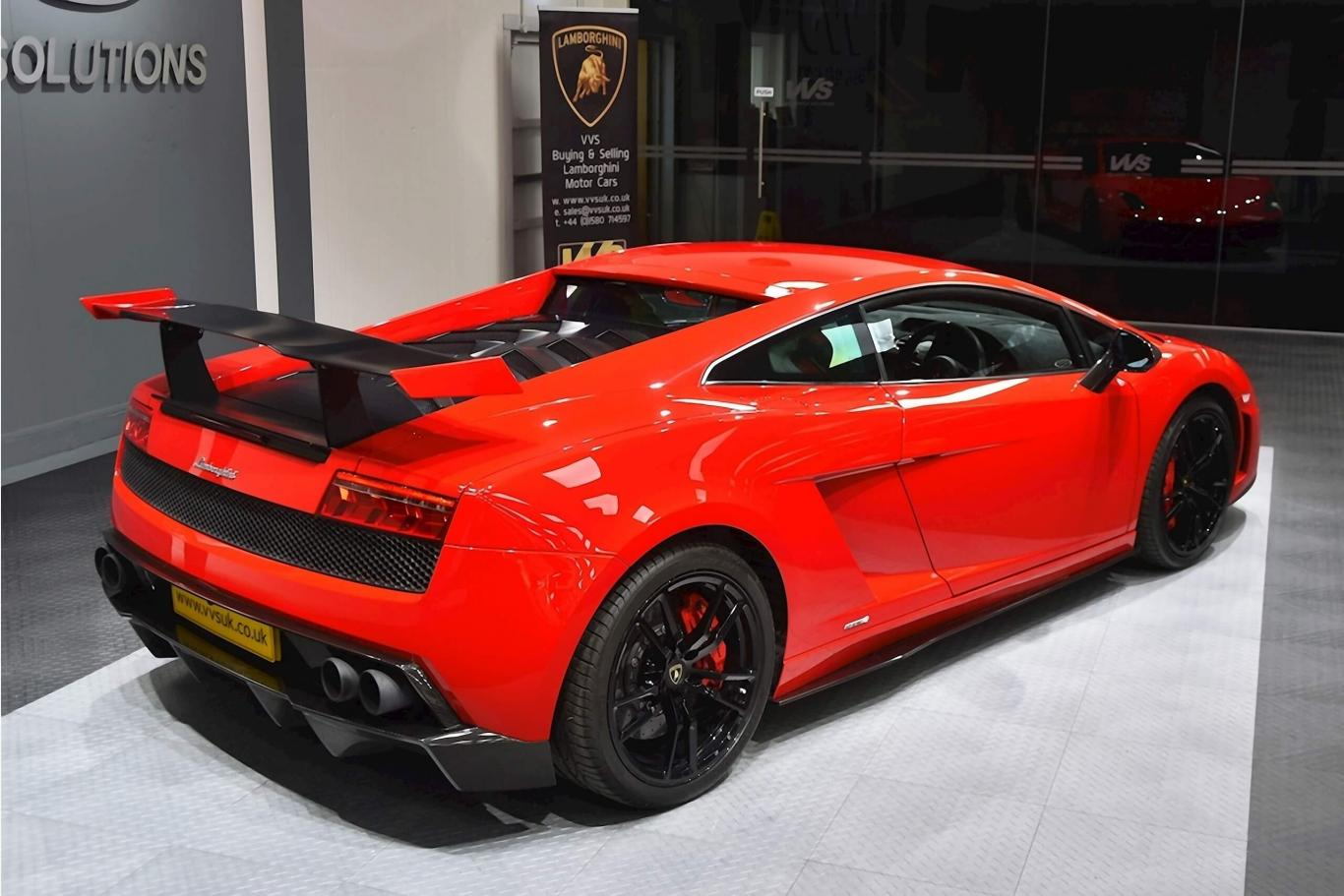 Lamborghini Super Trofeo >> Lamborghini Gallardo Lp570 4 Super Trofeo Stradale