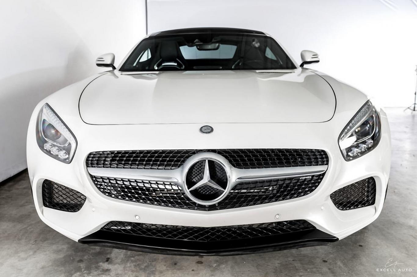 White Mercedes Benz >> Mercedes Benz Amg Gts Gorgeous White Red Color Combination