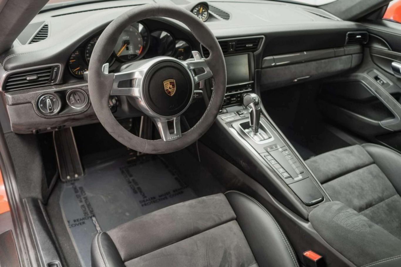 Porsche 911 GT3 Coupe^18662