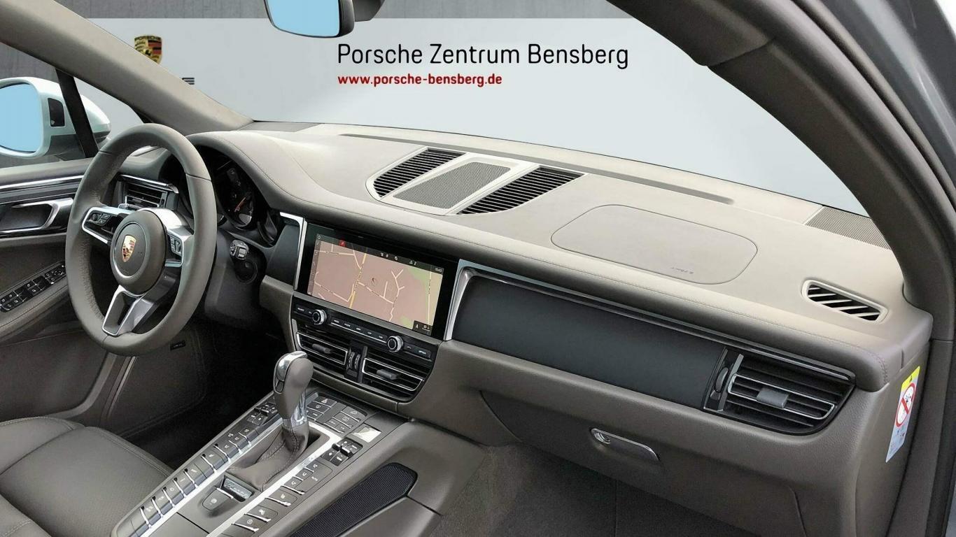 Porsche Macan verfügb ab 23 07 19^8963